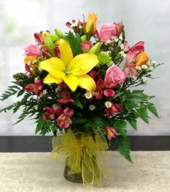 SAME DAY DELIVERY Cheerful Simplicity Bouquet