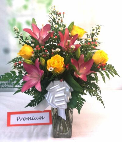 SAME DAY DELIVERY Fiesta Berry Rose Bouquet