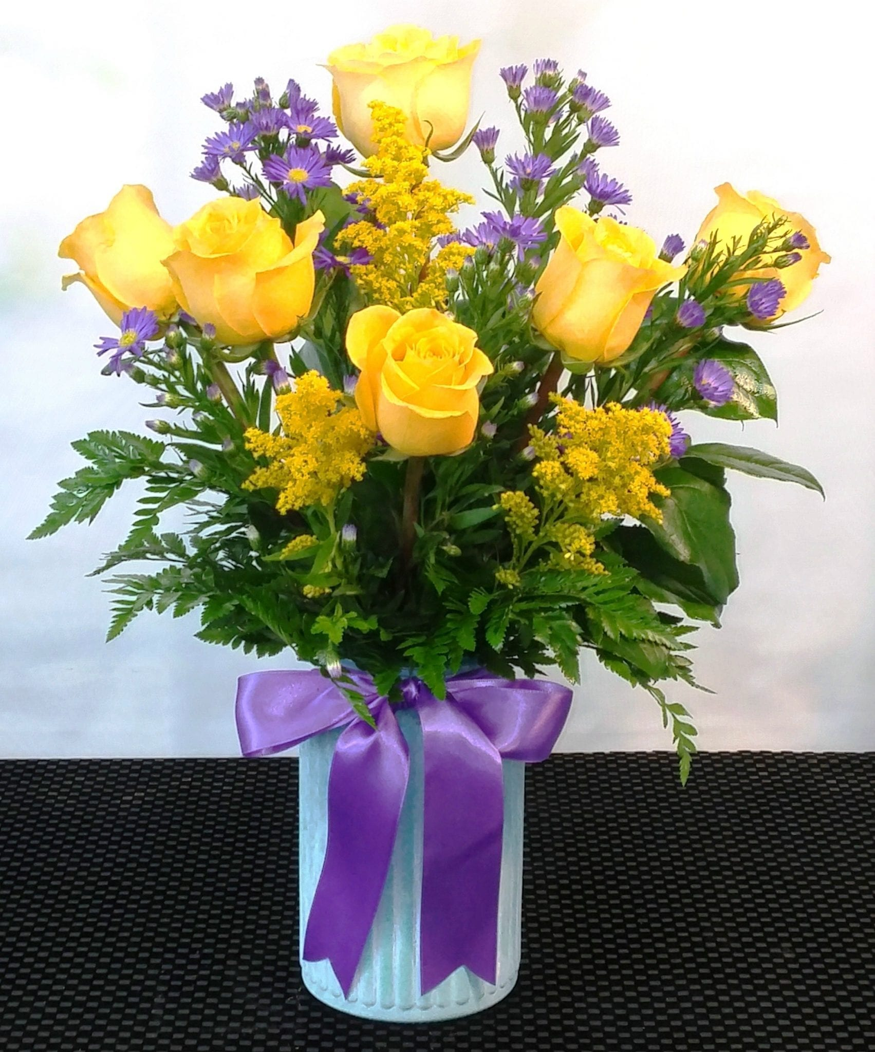 SAME DAY DELIVERY Yellow Rose of Texas (R-1735)